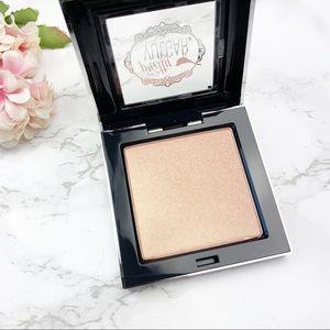 Sephora Makeup - Pretty Vulgar Shimmering Swan Highlighter